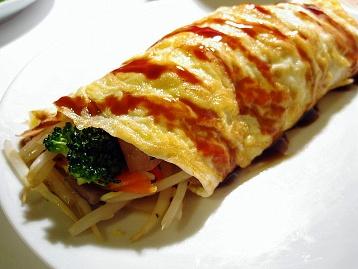 肉野菜炒めの卵巻き