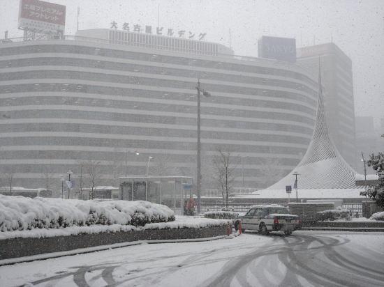 120202nagoya snowy day0015675
