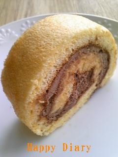 チョコクリームロールケーキ3
