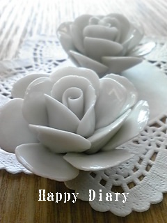 白バラのスプーンレスト