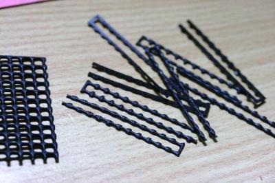 園芸用ネットで作った櫛、串?