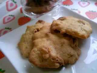 チョコチップ入りクッキー焼けた