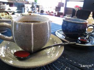 コーヒーカップ2つ