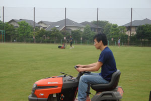 2010.7.10芝生メンテ 001