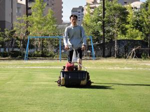 2010.9.4芝生メンテ 005