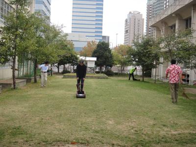 2010.10.23芝生メンテ 002