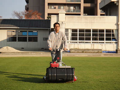 2010.11.20芝生メンテ 004