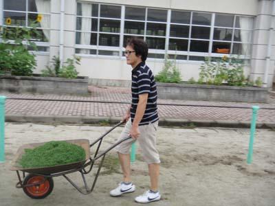 2011.8.20芝生メンテ 004