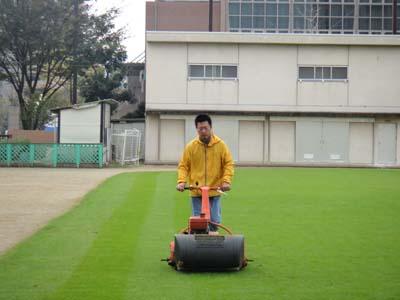 2011.10.29 芝生メンテ 002