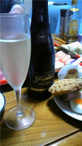 モスチキンとシャンパン