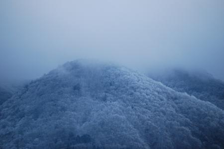3669山は雪