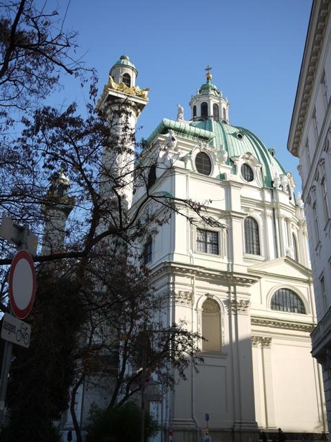 カール教会。