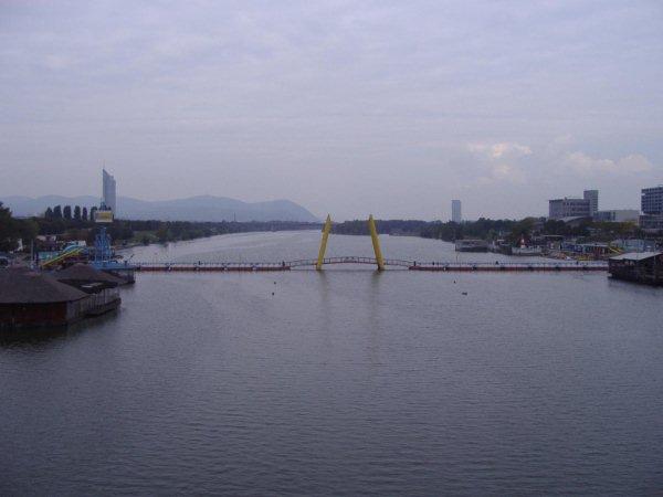 20090106001 (2)