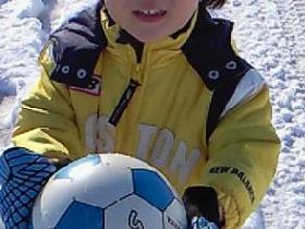 雪上サッカー?