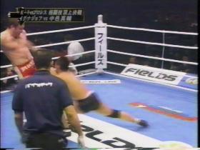 イグナショフの膝蹴り2
