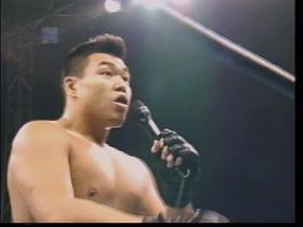 「新日本プロレスのファンの皆様、目を覚まして下さい!!」