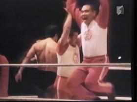 小沢はアルバトロス式に喜ぶ
