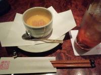 北新地【椅子に座ったNEKOO】の店長まっちゃんの美味しい料理