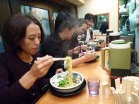 voSATOKOさんg村山義光氏b千北祐輔さんg藪本さんとラーメンを食べる