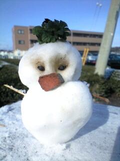 100214実織が作った雪だるま