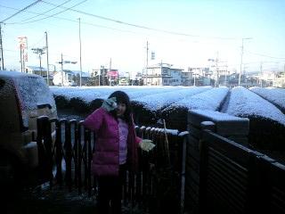 100214雪景色と実織