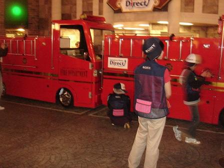 DSC02405キッザニア消防車大