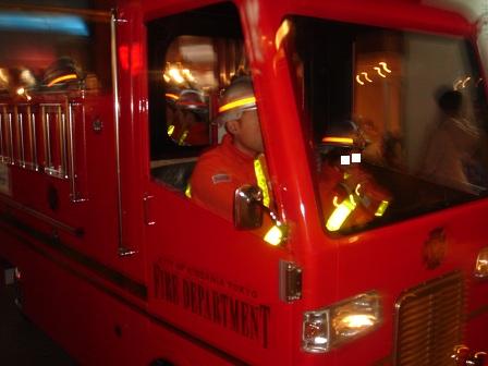 DSC02359キッザニア消防車