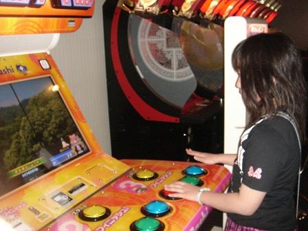 DSC02704色ボタン押しゲーム実織○