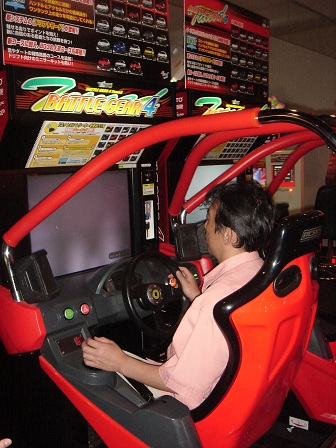 DSC02706車ゲームパパ2○