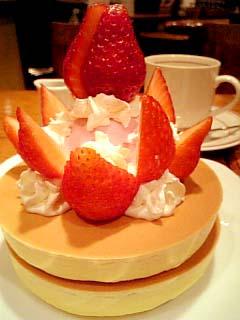 カフェテラスWACO イチゴホットケーキ