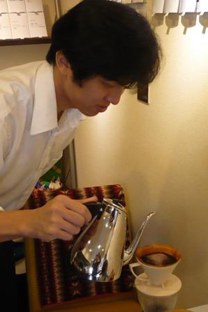 風カフェでコーヒー