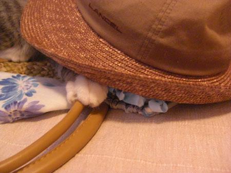 帽子とトート6