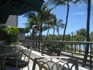 hawaii海辺のカフェ