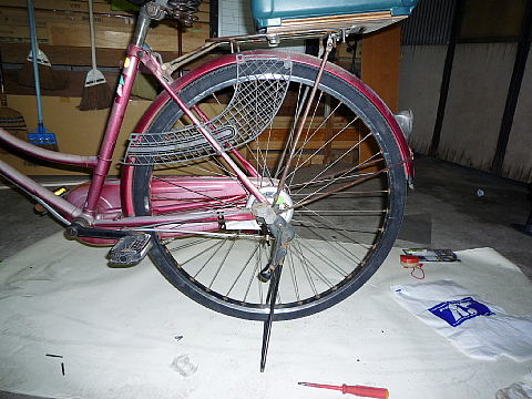 自転車の 自転車 リムテープ ママチャリ : やっと出来ました。初めてな ...