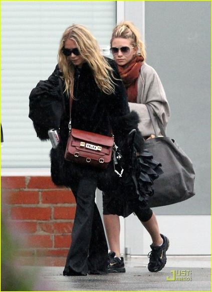 mary-kate-olsen-and-proenza-schouler-ps11-bag-gallery.jpg
