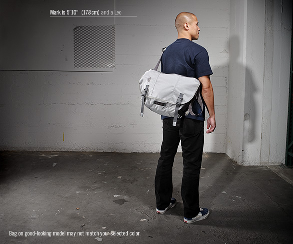 timbuk2-classic-messenger-bag-2010-4.jpg