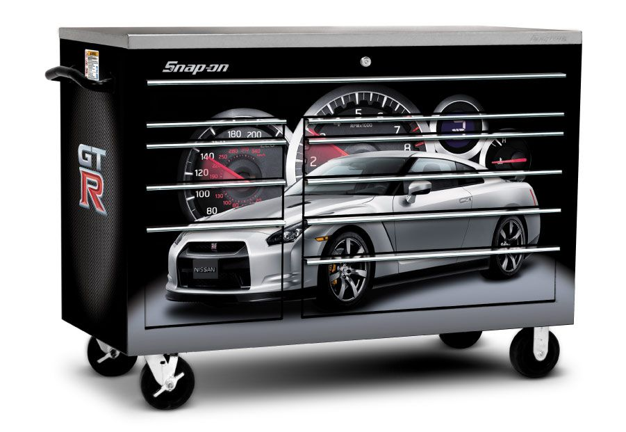 GT-Rオーナー向けのスナップオンの限定ツールボックスの写真