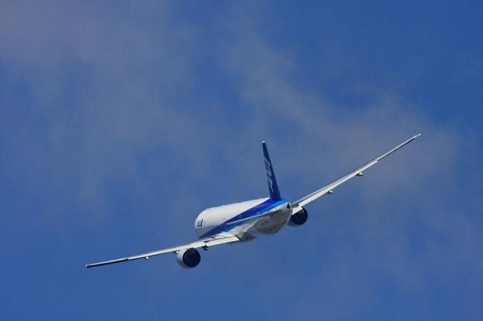 ANA B777-381 ANA18@エアフロントオアシス(by 40D with SIGMA APO300/2.8EX+APO TC2x)