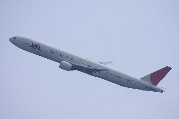 JAL B777-346 JAL2001@瑞ヶ池公園(by 40D with EF100-400/4.5-5.6L IS)