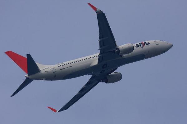 JEX B737-846 JEX2383@エアフロントオアシス(by 40D with EF100-400/4.5-5.6L IS)