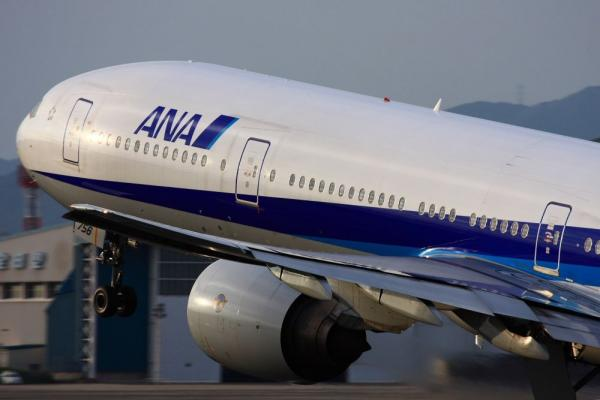 ANA B777-381 ANA36@伊丹スカイパーク(by 40D with EF100-400/4.5-5.6L IS)