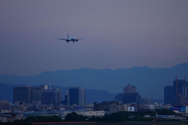 ANA B777-381ER ANA2179@エアフロントオアシス(by 40D with EF100-400/4.5-5.6L IS)