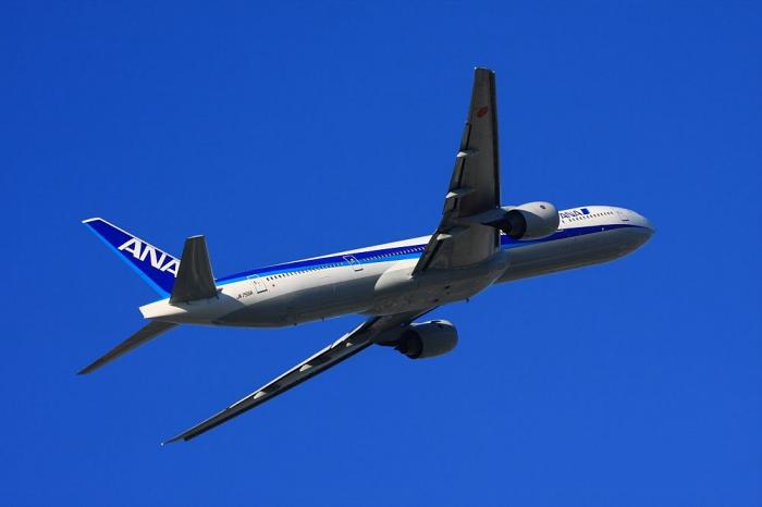 ANA B777-381 ANA14@エアフロントオアシス(by 40D with EF100-400/4.5-5.6L IS)