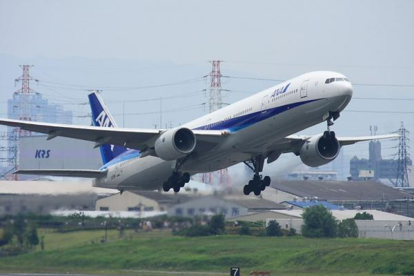 ANA B777-381 ANA105@下河原緑地展望台(by 40D with SIGMA300/2.8EX+APO TC2x)