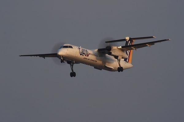 JAC DHC8-Q400 3X2276@伊丹スカイパーク(by KDX with SIGMA300/2.8EX+APO TELE×2)