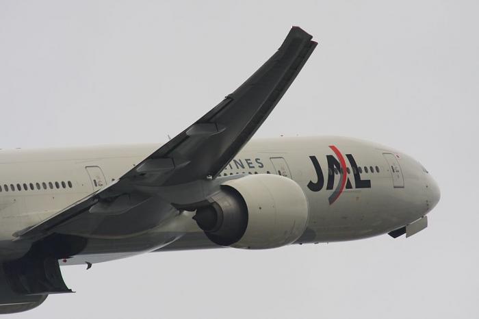 JAL B777-346ER JAL3002@エアフロントオアシス(by 40D with SIGMA APO300/2.8EX+APO TC2x)