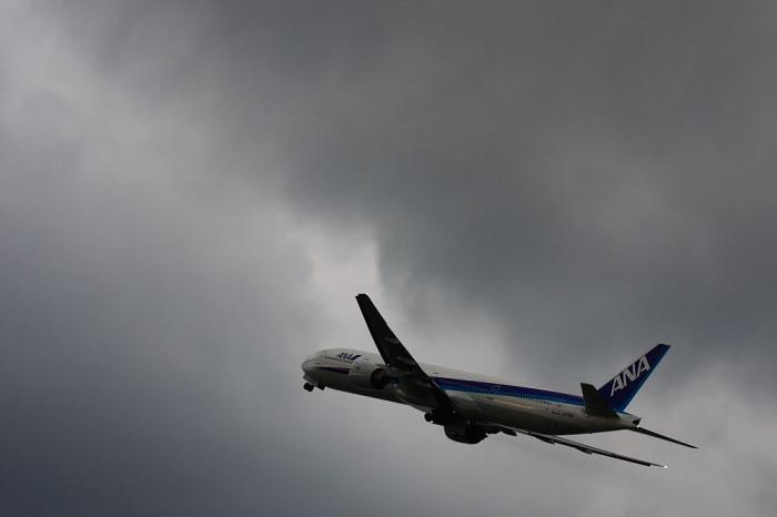 ANA B777-381 ANA36@リサイクルセンター周辺(by 40D with EF100-400/4.5-5.6L IS)