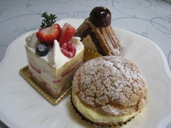 cakes_20090126182215.jpg