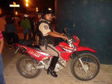 Police-Motorcycle-Mexico-3.jpg