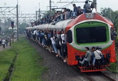 train_travel_jakarta_07.jpg